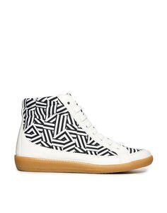 ASOS DIVA Sneakers