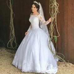 Princess Wedding Dress – Bridal Universe – My Wedding Dream White Wedding Gowns, Long Wedding Dresses, Princess Wedding Dresses, Elegant Wedding Dress, Bridal Dresses, Pretty Dresses, Beautiful Dresses, Wedding Dress Sleeves, Marie