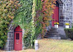 Leominster, MA : Ivy  Stone