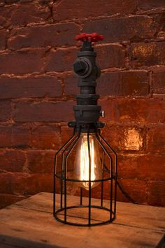 70 cheap diy industrial pipe lamps ideas to decor your home (8)