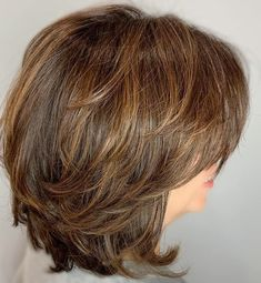 60 Best Variations of a Medium Shag Haircut for Your Distinctive Style - Medium Shaggy Bob With Subtle Highlights - Medium Hair Cuts, Short Hair Cuts, Medium Hair Styles, Curly Hair Styles, Medium Cut, Medium Shag Haircuts, Short Layered Haircuts, Haircut Medium, Shoulder Length Layered Hairstyles