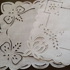 hr Cutwork Saree, Cutwork Embroidery, Embroidery Needles, Hand Embroidery Stitches, Vintage Embroidery, Embroidery Patterns, Machine Embroidery, Lacemaking, Parchment Craft