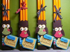 Creations by Chris: Owl Punch Idea--pencil holder. Owl Punch, Punch Art, Back To School Gifts, First Day Of School, Student Gifts, Teacher Gifts, Teacher Desks, Owl Theme Classroom, Classroom Ideas