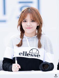 Ji Min (AOA) Seolhyun, Jimin Aoa, Shin Jimin, South Korean Girls, Korean Girl Groups, Beautiful Asian Women, Beautiful People, Aoa Elvis, Asian Woman