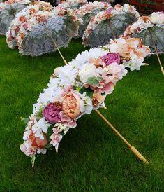 Lace Umbrella, Umbrella Wedding, Diy Wedding, Wedding Flowers, Dream Wedding, Garden Party Wedding, Umbrella Centerpiece, Umbrella Decorations, Floral Umbrellas