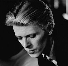 David Bowie by Geoff MacCormack, 1975 Ziggy Stardust, Ziggy Played Guitar, The Thin White Duke, Goblin King, Major Tom, Gothic Rock, Music Icon, David Jones, The Beatles