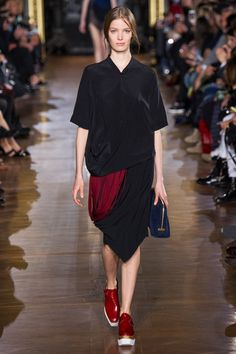 That hemline and what would appear to be a carmine fringe...  Stella McCartney FW14