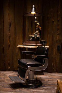 plus de 1000 id es propos de fauteuil barbier sur. Black Bedroom Furniture Sets. Home Design Ideas