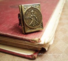 His Story - Prince Book Locket , Le Petit Prince Series Victorian Filigree Ring