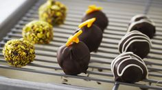 Look at this recipe - Anna Olson's Chocolate Truffles - from Anna Olson and other tasty dishes on Food Network. Chocolate Hazelnut, Best Chocolate, Chocolate Truffles, Delicious Chocolate, Chocolate Recipes, Chocolate Deserts, Anna Olson, Food Network Uk, Food Network Canada
