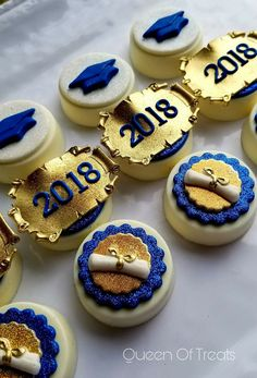 Graduation Theme Custom Dipped Cookies