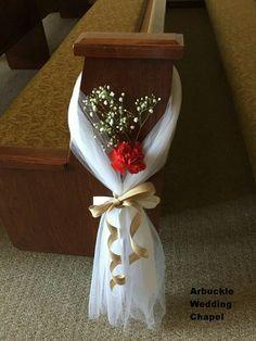 Trendy wedding church aisle decor pew ends Wedding Church Aisle, Wedding Pews, Wedding Chairs, Wedding Table, Wedding Bouquets, Our Wedding, Wedding Flowers, Church Pews, Trendy Wedding