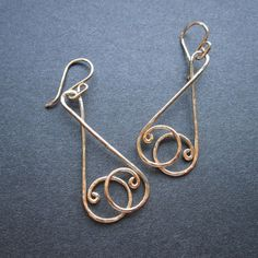 Circled Wire Earrings… looks like celtic knots