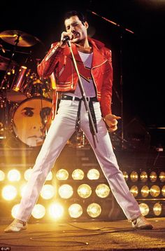 A more familiar sight of Mercury, the front man of legendary group Queen, belting out a tune