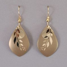 Holly Yashi First Light Earrings - Gold