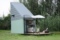 This Tiny, Portable House is Delivered to You and Ready for Assembly #design trendhunter.com