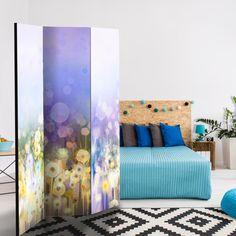 Jak wydzielić w mieszkaniu dodatkową przestrzeń? Wypróbuj artystyczne parawany z nadrukiem!