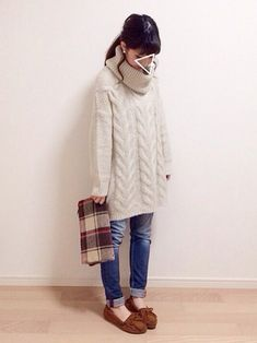 ゆるコーデ シンプル カジュアル ニットワンピース ミネトンカ Casual Fall Outfits, Winter Outfits, Cute Outfits, Asian Street Style, Japanese Street Fashion, Harajuku Fashion, Kawaii Fashion, Denim Fashion, Womens Fashion
