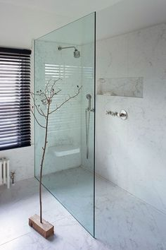 "Inspiration for your walk-in shower - ""Walk-In"" style in the .- Inspiration für Ihre begehbare Dusche – ""Walk-In""-Style im Bad Inspiration for your walk-in shower – ""walk-in"" style in the bathroom - Wet Rooms, Bad Inspiration, Bathroom Inspiration, Bathroom Layout, Bathroom Interior, Bathroom Ideas, Shower Ideas, Shower Bathroom, Design Bathroom"