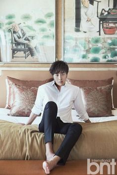 """After wrapping """"Diary Of A Night Watchman"""", Jung Il-Woo headed to Bali with BNT International and the pictures were finally officially released. He looks rested, relaxed and stress-fre… Jung Il Woo, Korean Celebrities, Korean Actors, Korean Guys, Dramas, The Great Doctor, Cinderella And Four Knights, Love K, Lee Jong Suk"""
