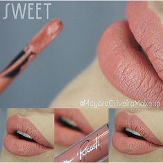 Batom líquido Matte Ricosti Sweet Disponível em nosso site: www.candyacessorios.com.br Foto: @mayaraoliveiramakeup #lojacandyacessorios
