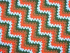 http://alottastitches.wordpress.com/2012/11/02/the-express-v-stitch-ripple-pattern/