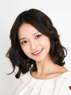 Ha Yeon Soo deletes her posts after her supposedly rude comments to fans becomes controversial Korean Actresses, Korean Actors, Actors & Actresses, Cute Korean Girl, Pretty Asian, Korean Star, Chinese Actress, Ulzzang Girl, Korean Drama