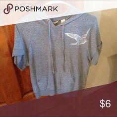 Shirt Like new Derek Heart Tops Tees - Short Sleeve