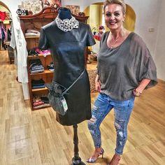 😉Netradičný ONLINE OUTLET😍 store s dobrým pocitom a pekným oblečením. Nové značkové veci s visačkou. 😀Zľavy do -70%👀 👉Objednávky ZASIELAME poštou👈 Shirt Dress, T Shirt, Photo And Video, Store, Books, Instagram, Dresses, Fashion, Supreme T Shirt