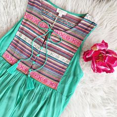 Fancy Dress Design, Stylish Dress Designs, Frock Design, Neck Designs For Suits, Sleeves Designs For Dresses, Dress Neck Designs, Simple Kurti Designs, Kurta Designs Women, Mom Daughter Matching Dresses