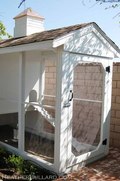 Chicken Coop, I know this might seem odd. But I really want a chicken coop someday. Cute Chicken Coops, Chicken Coop Plans, Chicken Coup, Simple Chicken Coop, Outdoor Spaces, Outdoor Living, Raising Chickens, Keeping Chickens, Pet Chickens