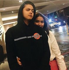 Tb | #KathnielActivity #KathrynBernardo #DanielPadilla #KathNiel | • @supremo_dp • @bernardokath • — owner @ayyyrxhhh Kathryn Bernardo Photoshoot, Kathryn Bernardo Outfits, Couple Photoshoot Poses, Couple Posing, Relationship Goals Pictures, Freaky Relationship, Cute Couples Goals, Couple Goals, Daniel Johns