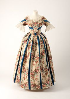 Another floral favourite this week! 1838 silk dress in blue satin stripe with roses & forget-me-nots print #RHSChelsea #ChelseaFlowerShow | Fashion Museum Bath (@Fashion_Museum) | Twitter