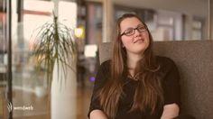 Hinter dem Namen Creative Coder verbirgt sich ein innovatives, zwölfmonatiges Traineeprogramm mit IHK-Zertifikat, das bundesweit einzigartig ist. Ein Creative Coder ist ein Programmierer, der in der Kreativ- und IT-Branche arbeitet und klassisches Coden mit hoher kreativer Kompetenz verbindet. Svenja Cornelius hat bei wendweb ihre Ausbildung als Creative Coder absolviert und berichtet im Interview, was sie gelernt und wie es ihr gefallen hat. Aktuelle Stellenangebote unter…