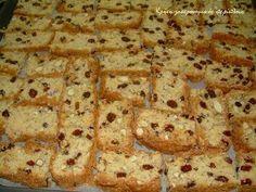 Greek Sweets, Greek Desserts, Greek Recipes, Paximathia Recipe, Koulourakia Recipe, Cypriot Food, Greek Cookies, Biscuit Bar, Bread Shaping