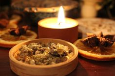Imbolc, Lichtmess, Candlemass: Fest des Lichts & der Göttin Brighid am Februar Beltane, Magic Herbs, Natural Energy, Incense, Herbalism, Wicca, Food And Drink, Beef, Cooking