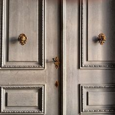 THEFULLERVIEW/..<3 the finish on the doors & the gold hardware...
