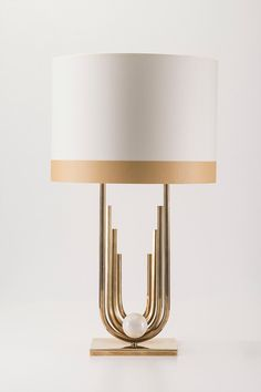 Light has to have everywhere, nothing better than a lamp to give glamor to the room! Interior Lighting, Home Lighting, Lighting Design, Luxury Lighting, Luminaire Design, Lamp Design, Room Lamp, Desk Lamp, Table Lamps