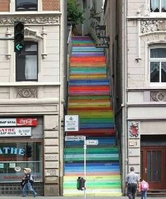 painted stairs  I love this on every level of love!
