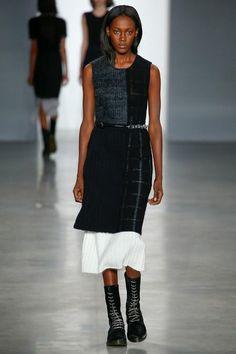 Calvin Klein NYFW Fall 2014: http://juliapetit.com.br/moda/nyfw-comportada/