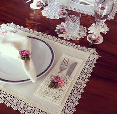 Items similar to MADE TO ORDER Placemat - Coaster - Napkin - Napkin ring - Pouch with lace and crochet design - Table decor - Dining - Wedding on Etsy Napkin Folding, Mug Rugs, Napkins Set, Crochet Designs, Table Linens, Napkin Rings, Coasters, Diy And Crafts, Sewing Projects