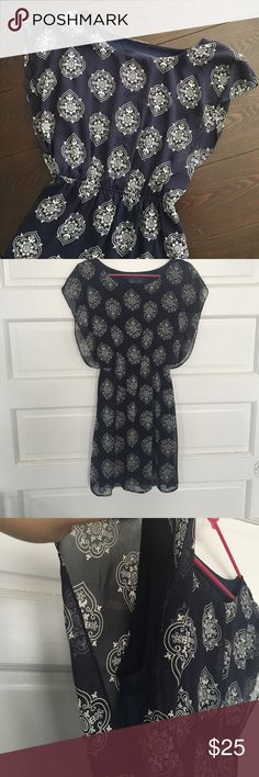 Navy with white printed pattern flowy dress No defects! Worn only a few times! Great condition! Dresses Mini