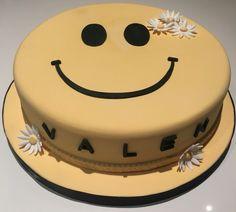 Torta Valen Birthday Cake, Desserts, Food, Food Cakes, Birthday Cakes, Deserts, Dessert, Meals, Birthday Cookies