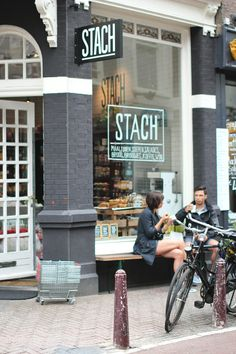 The Travel Files: STACH FOOD IN AMSTERDAM Stach is a great shop / restaurant / take-away in the Nieuwe Spiegelstraat and the Van Woustraat. Amsterdam Shops, Amsterdam Food, Amsterdam Bicycle, Amsterdam Restaurant, Restaurant Bar, Restaurant Design, Restaurant Interiors, Cafe Design, Bon Voyage