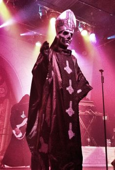 Papa Emeritus II of Ghost looking over the crowd