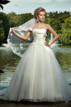 Mandy   * Svatební šaty   Svatební salon Paulina   Brno