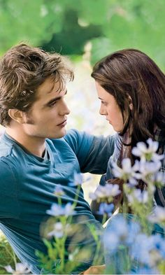 Twilight: Eclipse - Edward Cullen  Bella Swan (Robert Pattinson and Kristen Stewart)