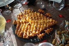Un sapin pour épater vos convives sur les tables de fêtes.  Adepte de la tarte soleil , j'ai beaucoup aimé cette version également. Pou...