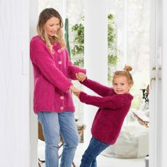 DG356 STRIKK MED LINE LANGMO & MINI | Dale Garn Jumpers, Line, Tights, Sweaters, Fashion, Tunic, Threading, Tutorials, Navy Tights