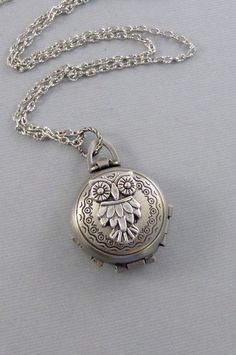 Owl locket pendant
